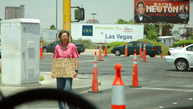 Photo of Coincidence? Vegas begins homeless crackdown ahead of Dem Debate