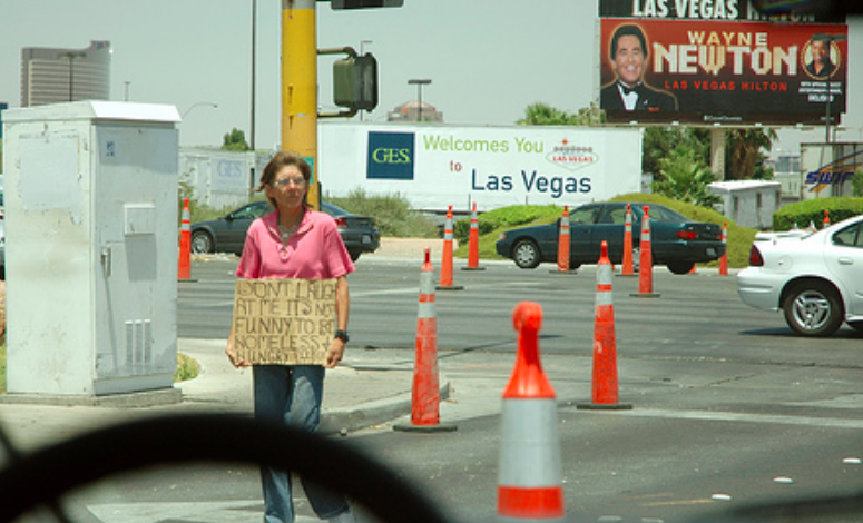 Las Vegas clears homeless ahead of Democrat Debate